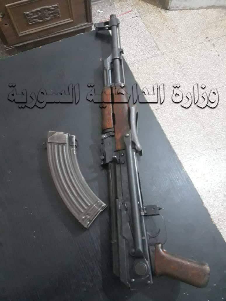 في اللاذقية : انزعج من صراخ جاره فأطلق النار عليه فقتل سائق تكسي عابرة