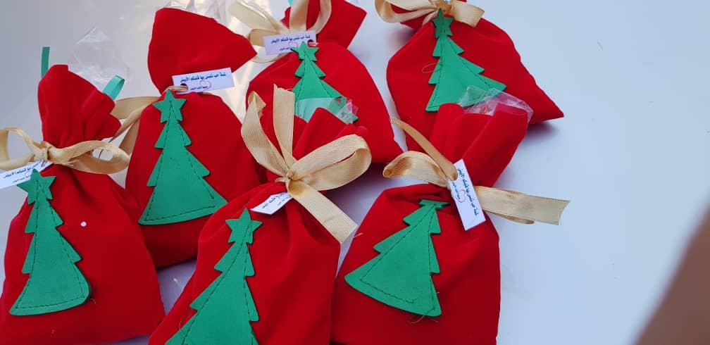 فرح عيد الميلاد في عيون الأطفال بحلب